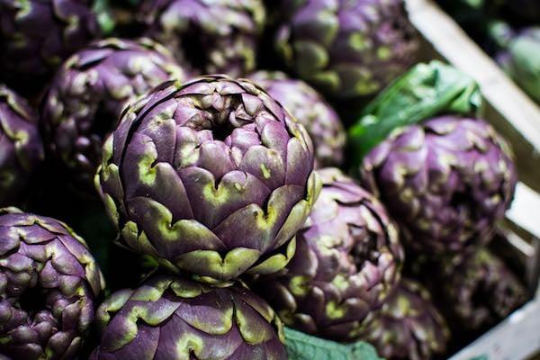 foodiesfeed.com_purple-artichoke.jpg